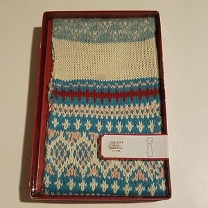 Old Navy Blue Fair Isle Winter Fashion Scarf Gift